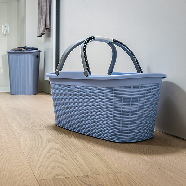 Elegance laundry basket with handles